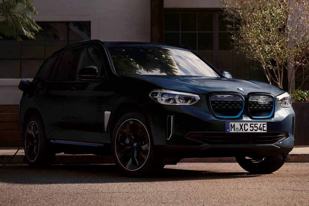 This image has an empty alt attribute; its file name is xxx-BMW-iX3-1024x683.jpg